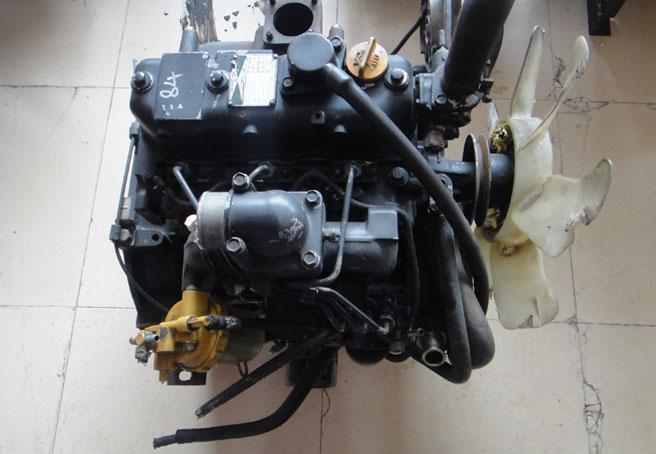 洋马4tnv84发动机